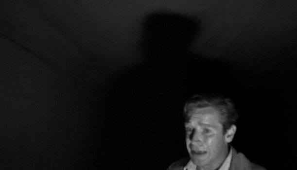 夜歩く男 (1948)