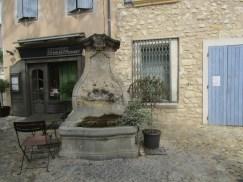 7 Fontaine des Augustins