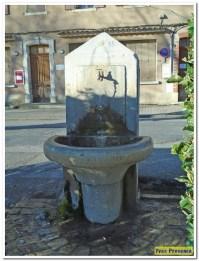 3 fontaine Rouguière ou de l'école