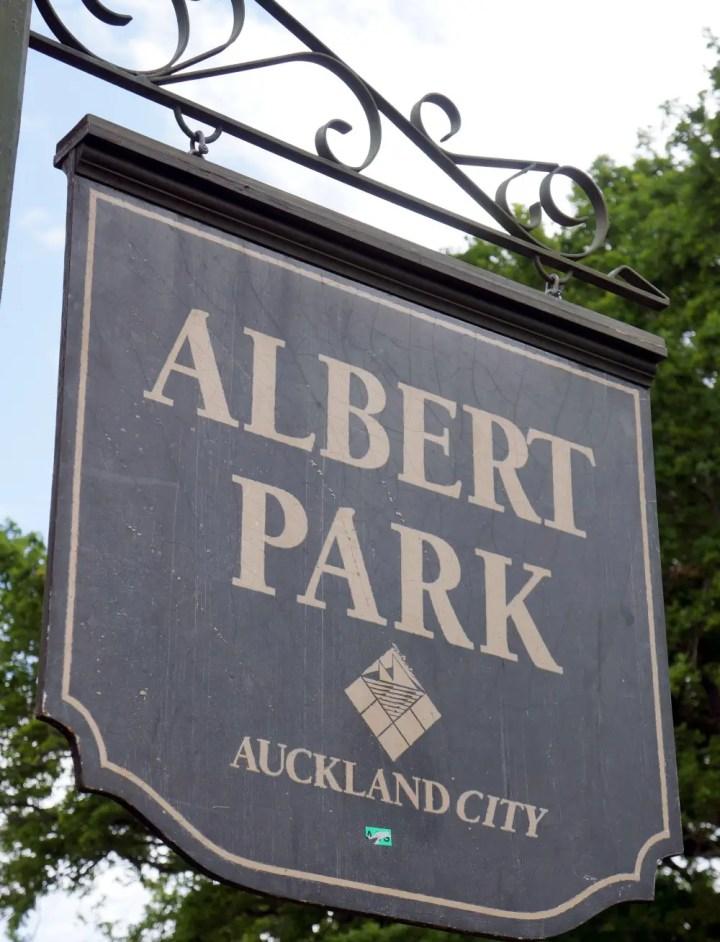 New Zealand Albert Park Sign