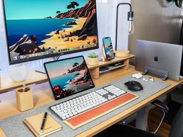 Bright & creative minimalist setup
