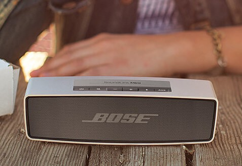 bose-soundlink-mini-bluetooth-speakers