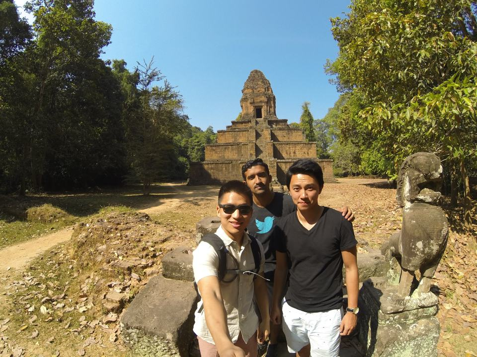 Group shot in front of Phimeanakas