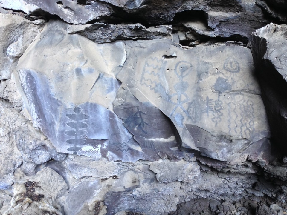 Native American pictographs at Lava Beds National Monument