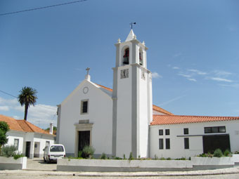 EGLISE D UNE BLANCHEUR IMMACULEE