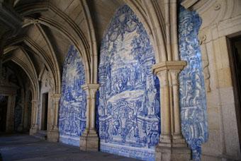 cloître de cathédrale