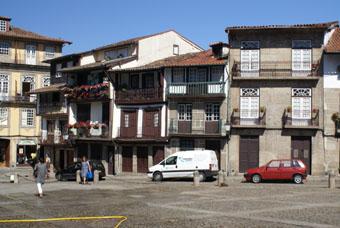 Place Sao Tiago