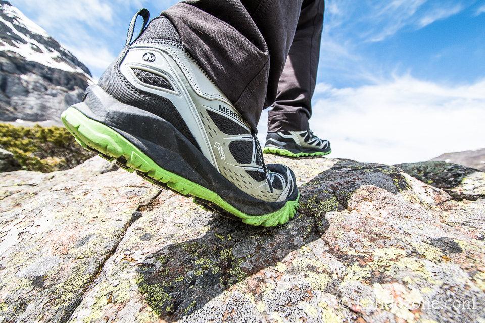 test des chaussures merrell capra bolt mid gtx pour homme