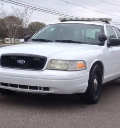 2006 ford crown vic p71 police interceptor 85k miles fully equipped with havis console w laptop mount whelen liberty light bar whelen controller w pa  [ 1600 x 1200 Pixel ]