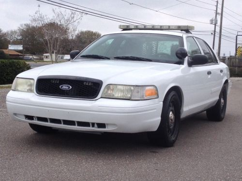 small resolution of 2006 ford crown vic p71 police interceptor 85k miles fully equipped with havis console w laptop mount whelen liberty light bar whelen controller w pa