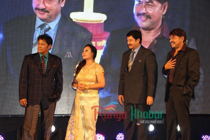 gauri mall with heroes