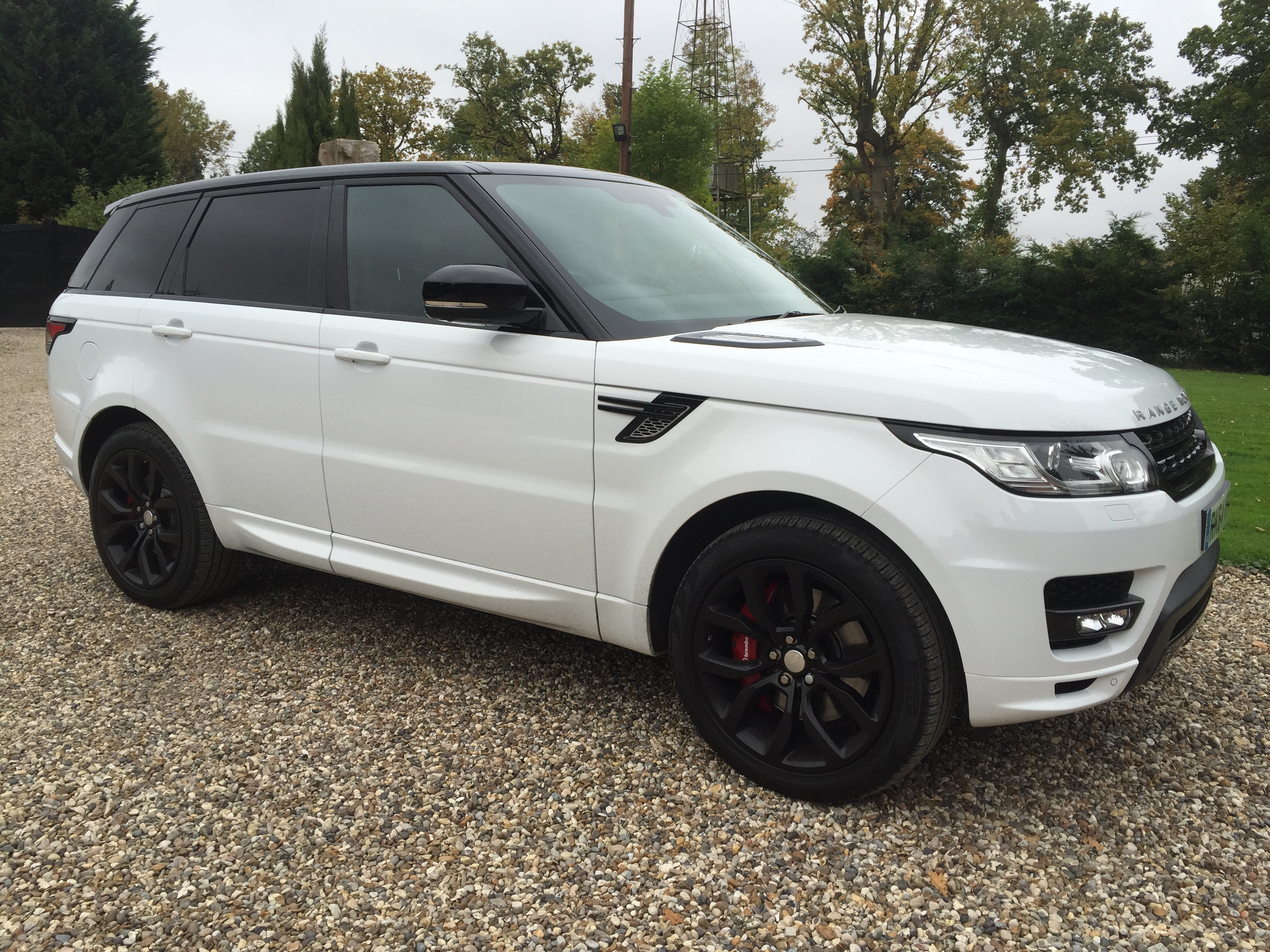 Hire a Range Rover anywhere in the UK Range Rover Hire pany