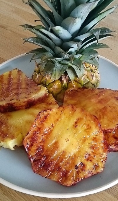 Cinnamon glazed grilled pineapple