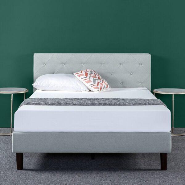 Tempat Tidur Kayu Agnese Tufted