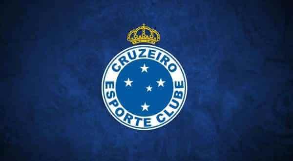 cruzeiro entre os times com mais titulos no campeonato brasileiro