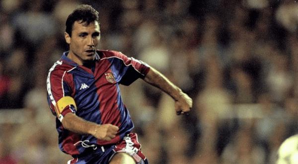 Hristo Stoichkov entre os maiores jogadores do Barcelona de todos os tempos