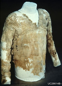 Oldest Dress - 5000 years old