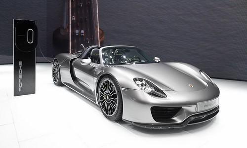 Porsche 918 Spyder - Hybrid Electric Vehicles