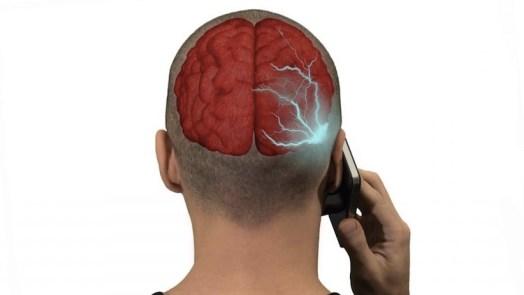 Mobile Phone Radiation Could Damage Teenagers' Memor