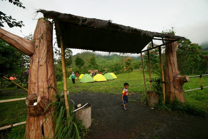 Camping ground Kalikuning Adventure Park (pic by www.iqbalkautsar.com)