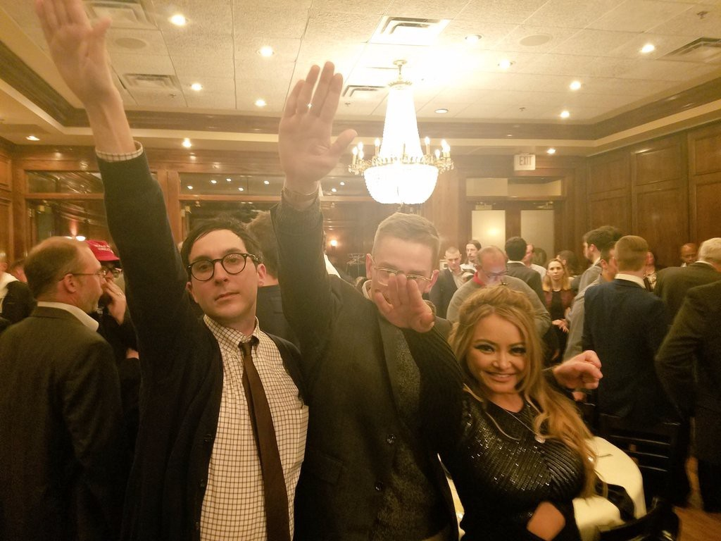 Nazi salutes at a DC restaurant (Friday, November 18, 2016)