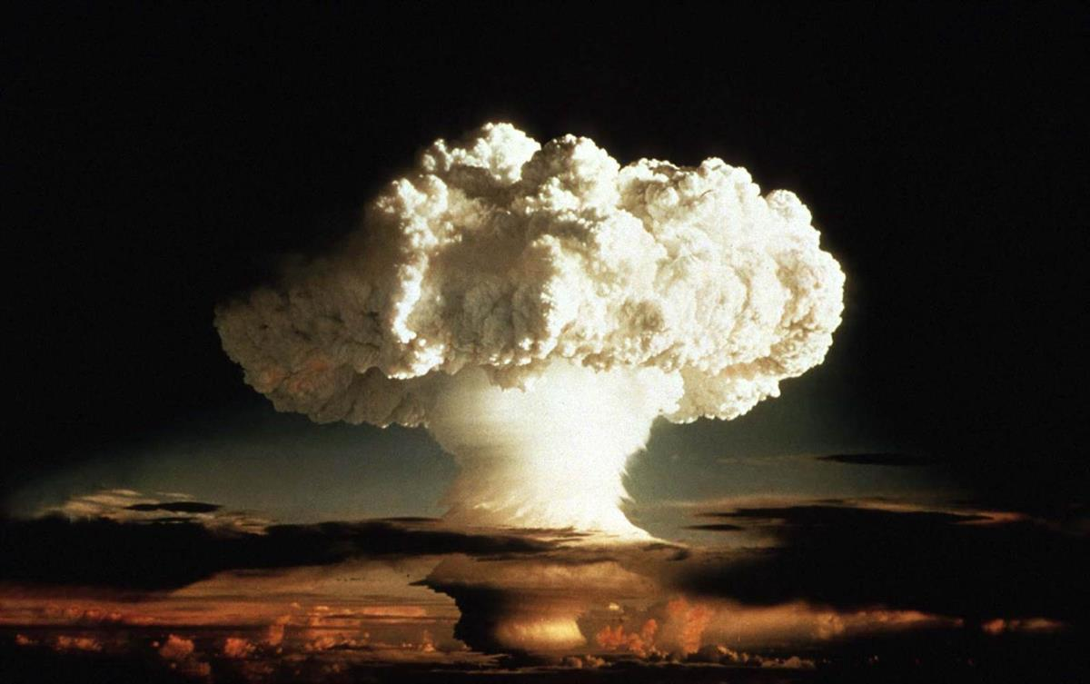 The first thermonuclear device, codenamed Ivy Mike, creates a mushroom cloud in the Enewatak Atoll on November 1st, 1952