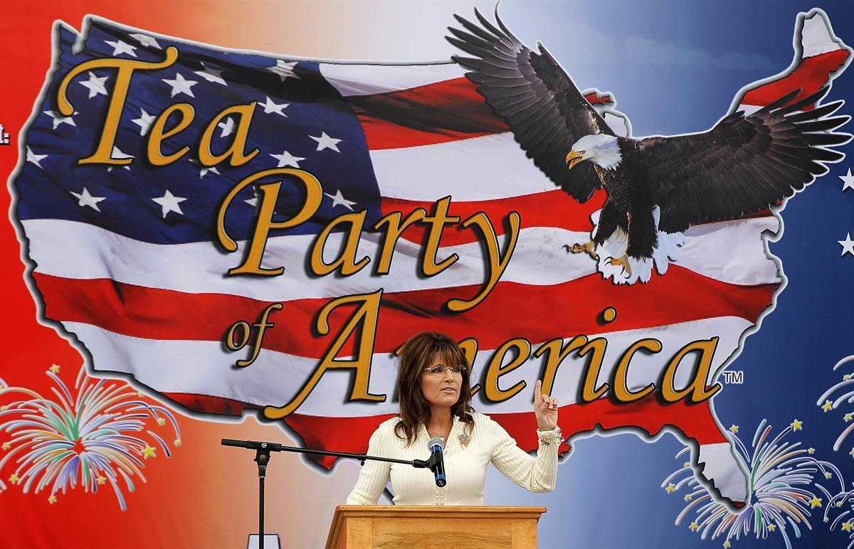 Former Alaska governor Sarah Palin at a Tea Party event at the Indianola Balloon Festival Grounds on in Indianola, Iowa — Sept. 3, 2011 (Justin Sullivan/Getty Images)