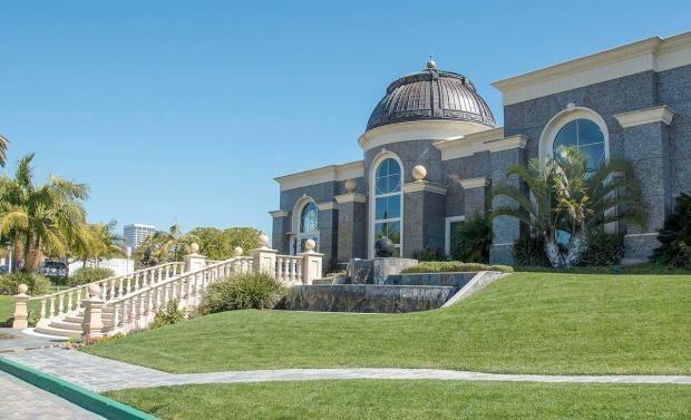 Olen Properties headquarters in Newport Beach, CA owned by Igor Olenicoff, a Russian billionaire property developer, Olen Properties Corporation of Newport Beach. (Photo by KEN STEINHARDT, Orange County Register/SCNG)