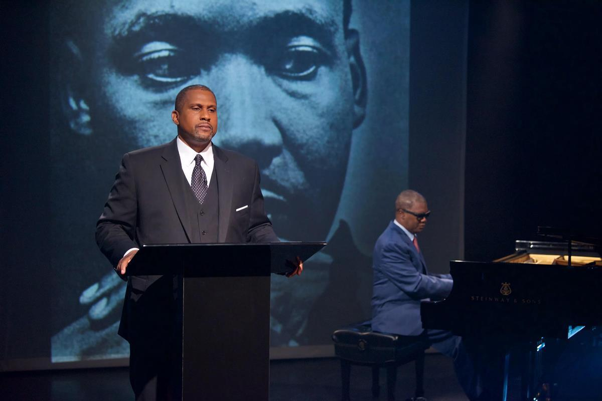 "Tavis Smiley and Marcus Roberts, presenting their new show ""Death of a King"""