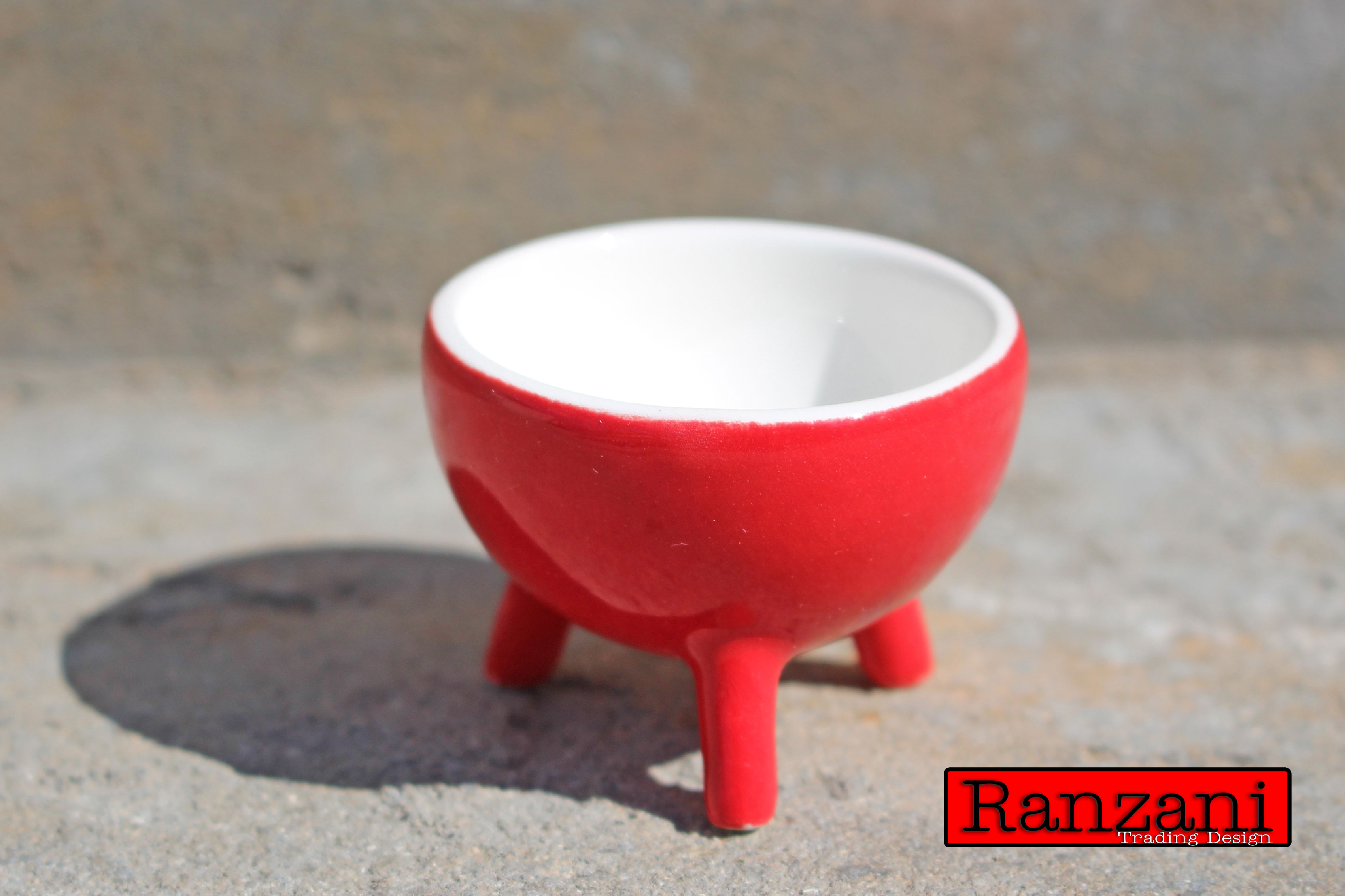 Ranzani Africa Egg Potjie in red with gloss.