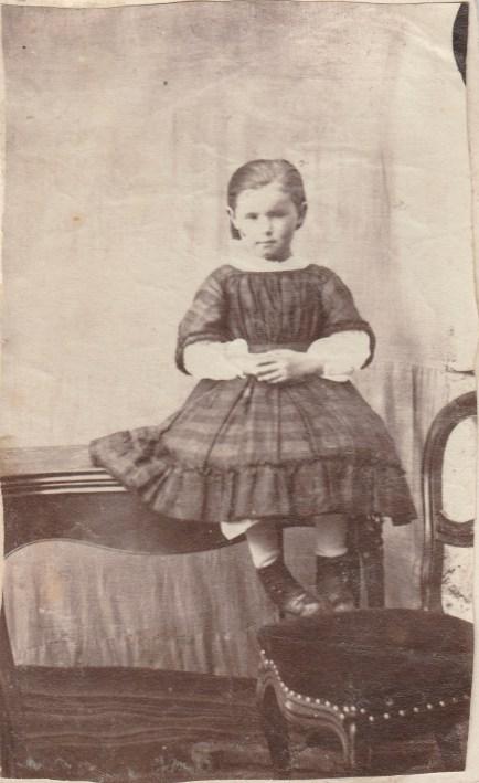 Louise Blanchard (grand mère Christiane Sauton) - Collection Charles de Raphélis-Soissan