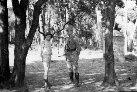 Maurice [Abeille] en permission - Août 1916 - Et Loulou [Louis Abeille]
