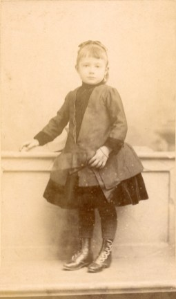 Mathilde Caire (1882-18896)