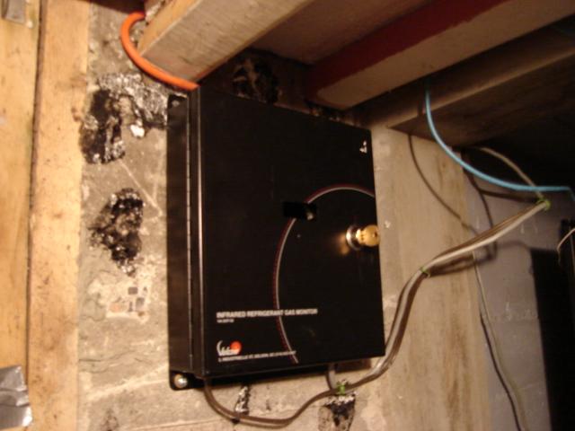 The Circuit Utilizes An Atmel Atmega128 Avr Microcontroller To Create