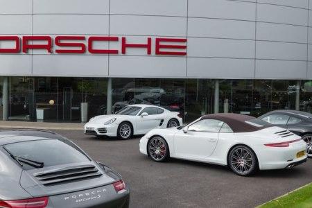 Porsche Roundabout