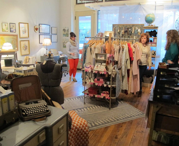 Teas Vintage Tea Boutique Decor Inside The