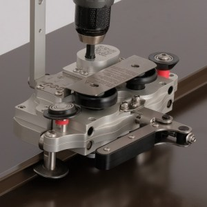 """AccuSeamer Power Seamer for Traditional 1"""" and 1-1/2"""" Mechanical Seam Panels"""