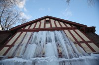 Ice dams and frozen pipes Winter Water Damage Company at ...