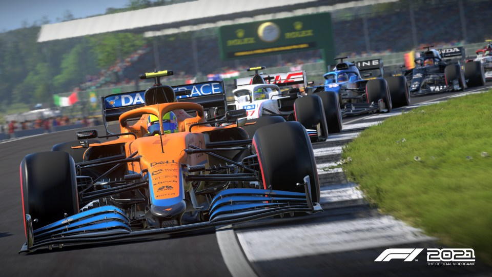 F1 2021 Review Mclaren convoy lead