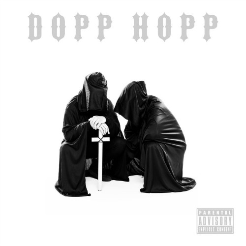 The Doppelgangaz feat. Tnava – Roll Flee
