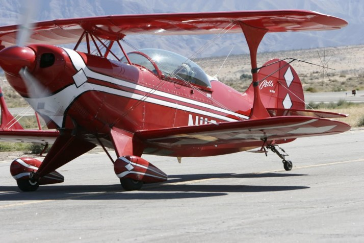 Taxiing back in to the ramp at Borrego Springs.