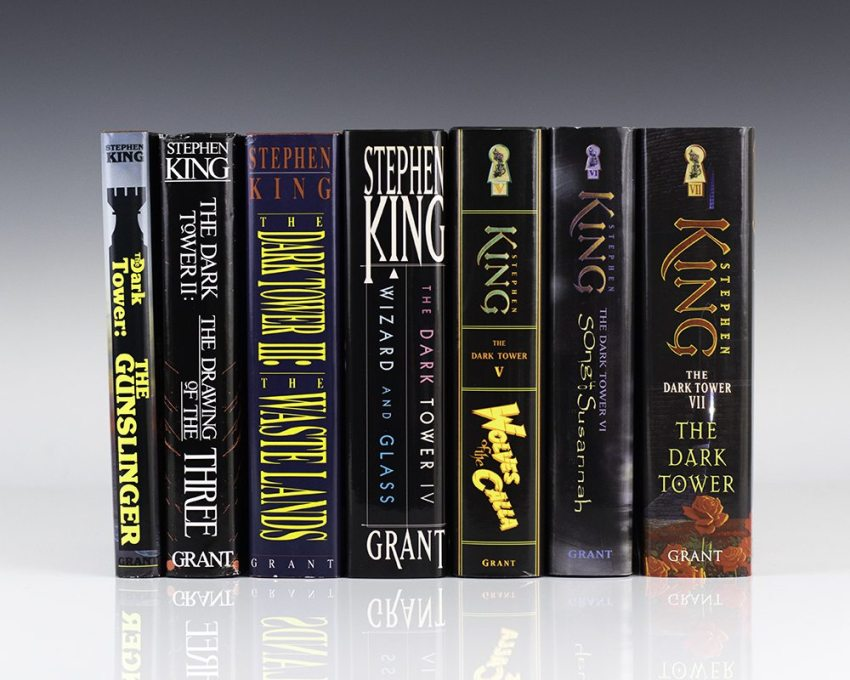 The Dark Tower Set. Volume I: The Gunslinger; Volume II: The Drawing of the Three; Volume III: The Waste Lands; Volume IV: Wizard and Glass; Volume V: Wolves of the Calla;  Volume VI: Song of Susannah; Dark Tower VII.