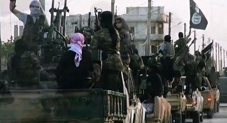 الغارديان: كيف أصبحت هذه الدولة الصغيرة مصدّرا لمقاتلي داعش؟