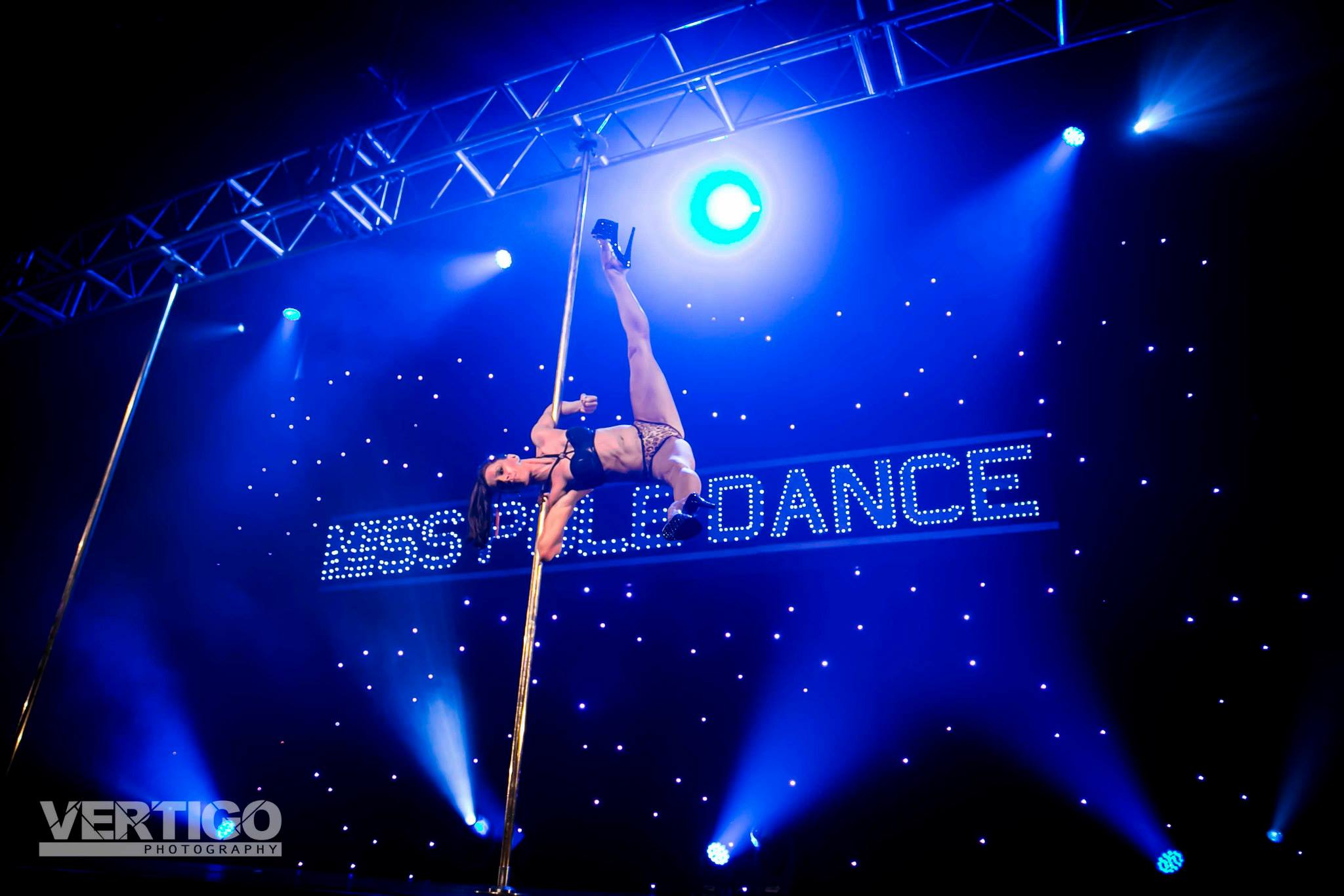 Natty Stephens Rarr designs Pole dancer