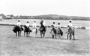 81. Pony Club. Rasen Mail glass neg 081