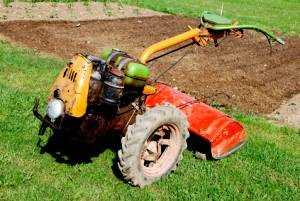 Tạo xăng cày theo công việc chuẩn bị từ cỏ