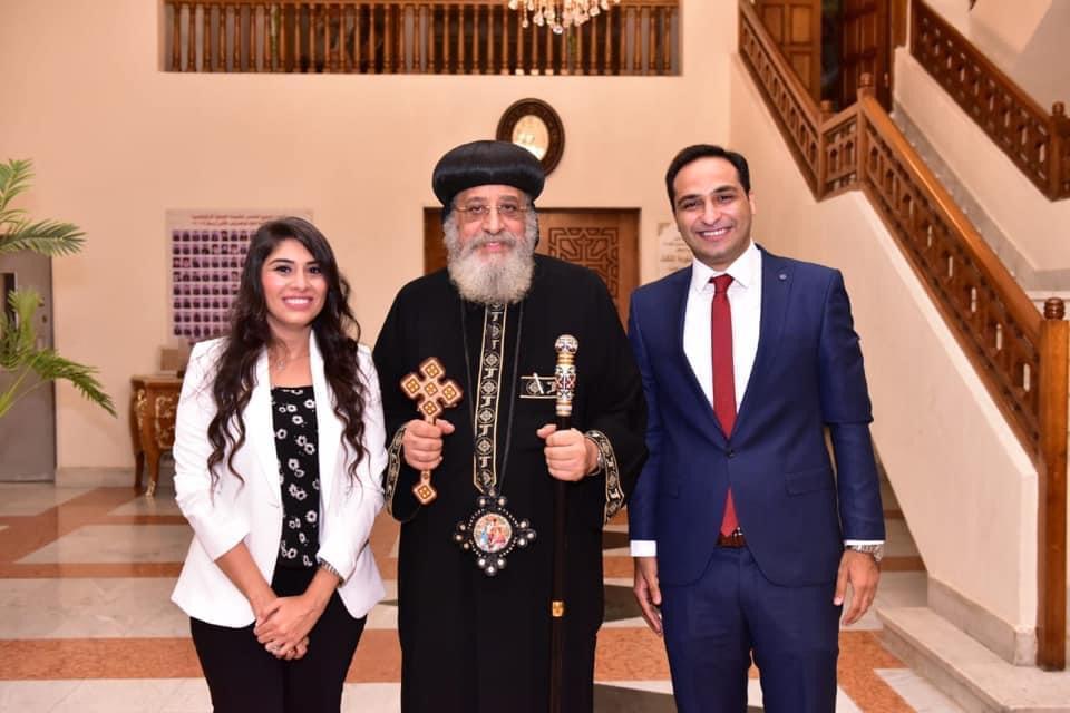 البابا تواضروس الثاني و الدكتور بولا القمص صليب وعروسه