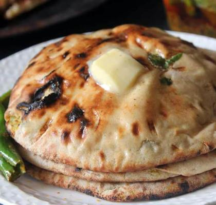 stuffed aloo kulcha recipe by rasoi menu