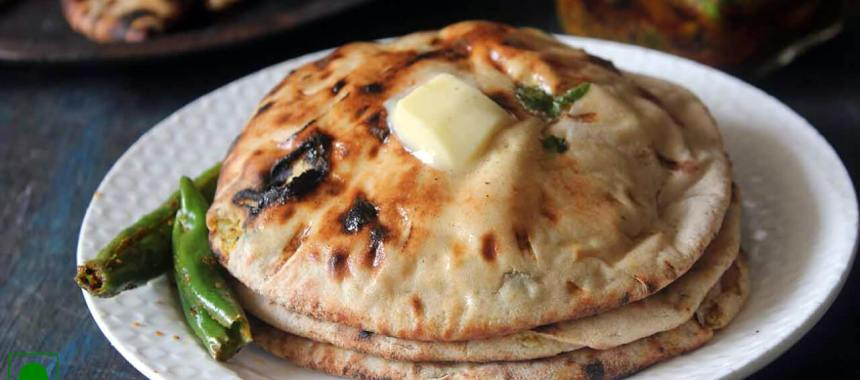 Stuffed Aloo Kulcha Recipe