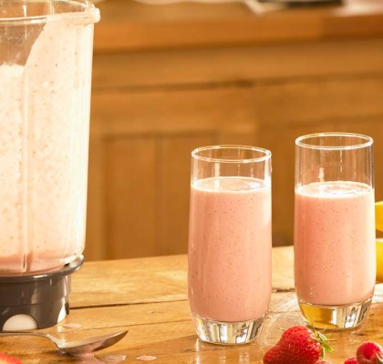 Strawberry Banana Shake Recipe by Rasoi Menu